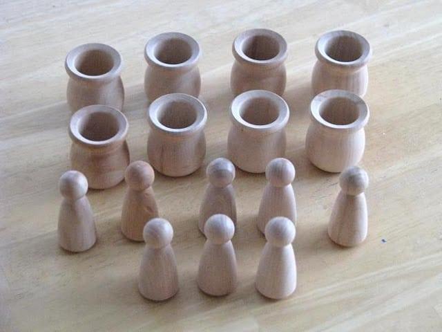 unfinished wooden peg doll set