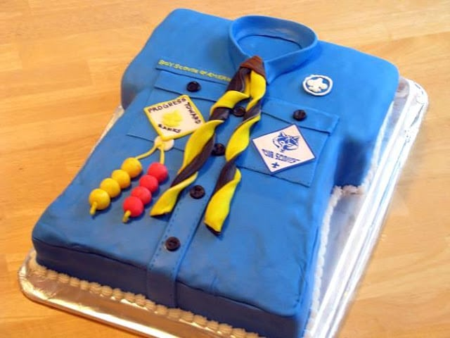 cake shaped like a blue collared shirt