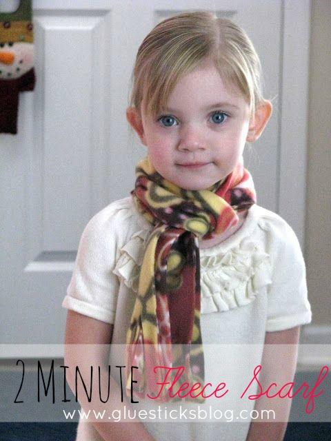 two minute fleece scarf