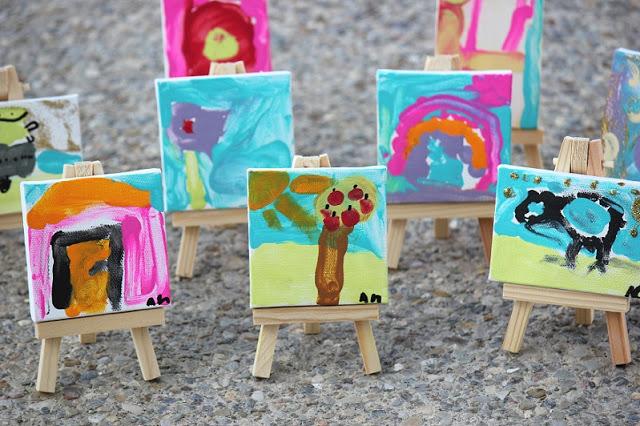 6 mini canvas paintings
