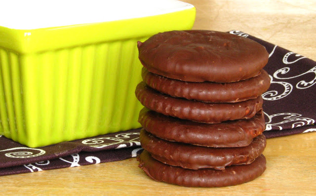 stack of chocolate mint cookies