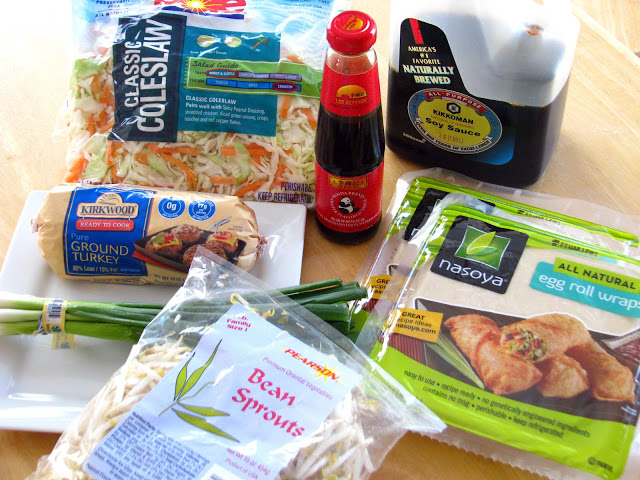 egg roll ingredients ground meat, bean sprouts, egg roll wrappers, soy sauce and oyster sauce