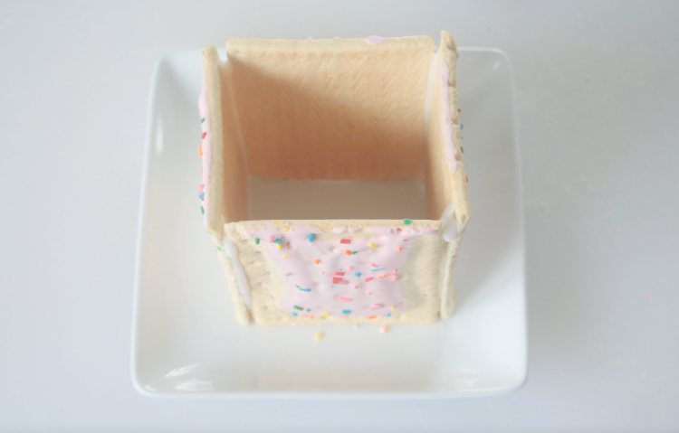 4 pop tarts frosted together to form a square shape