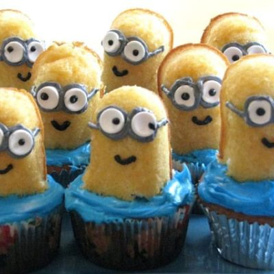 Twinkie minion cupcakes on blue plate