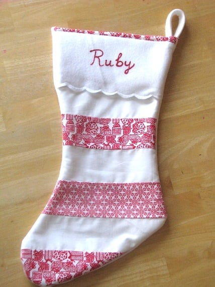 finished scalloped stocking