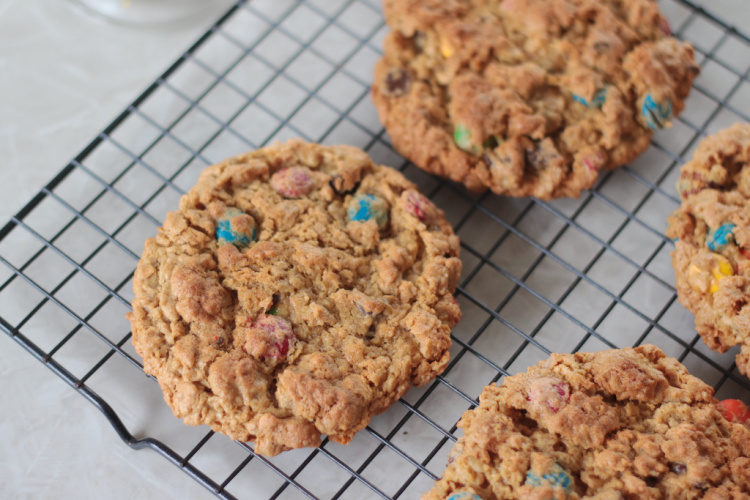 cooling rack with baked cookies