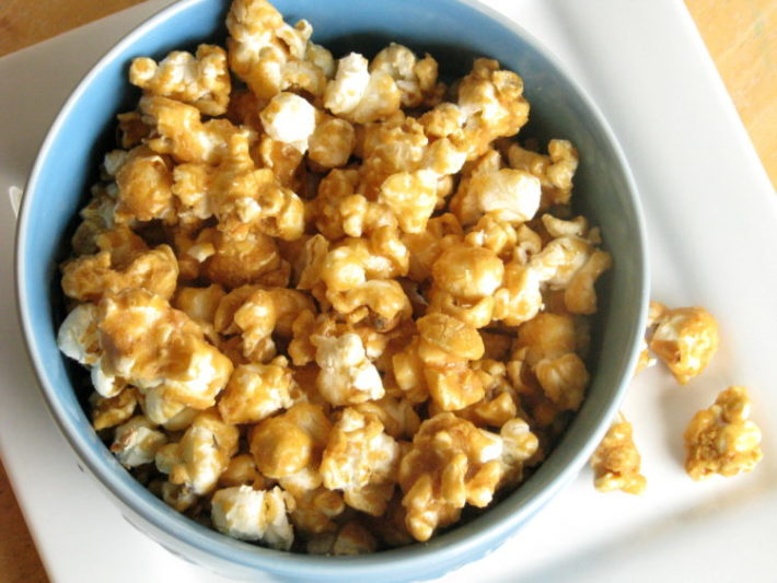 The BEST baked caramel popcorn recipe ever.