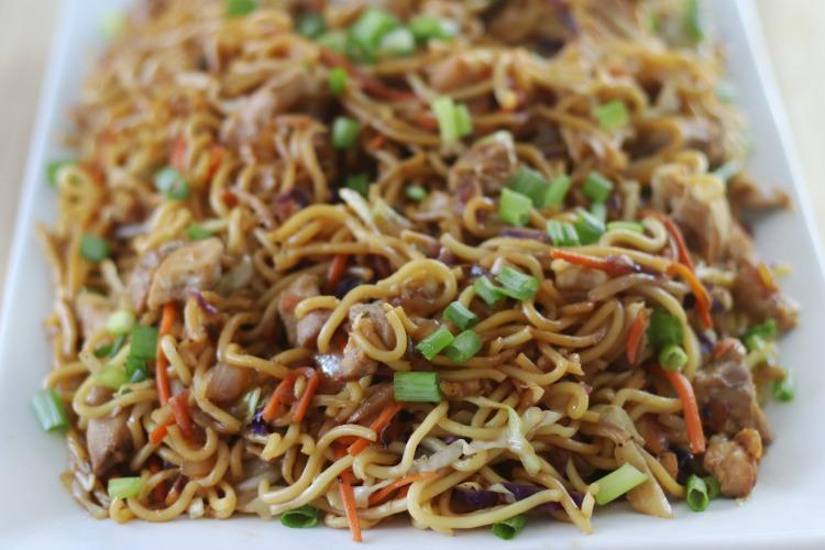 chicken chow mein on plate