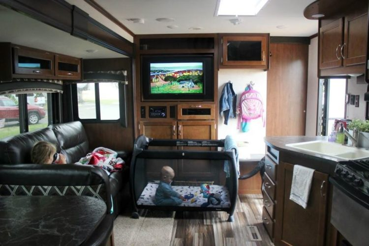 RV guest room