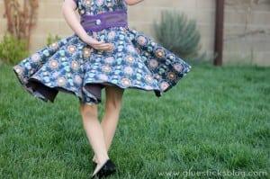 Amanda Dress 3 Gluesticksblog