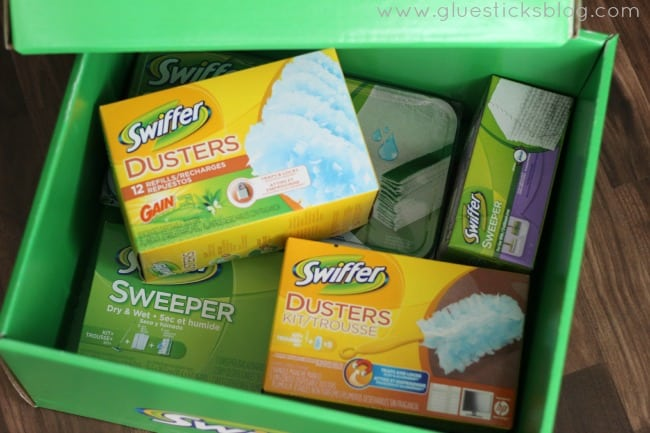 Swiffer it Forward