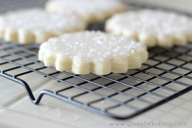 Bakery Style Sugar Cookies With Lemon Icing   Gluesticks