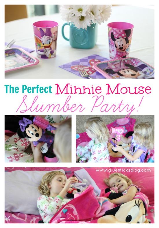 little girls holding Minnie Mouse stuffed animals