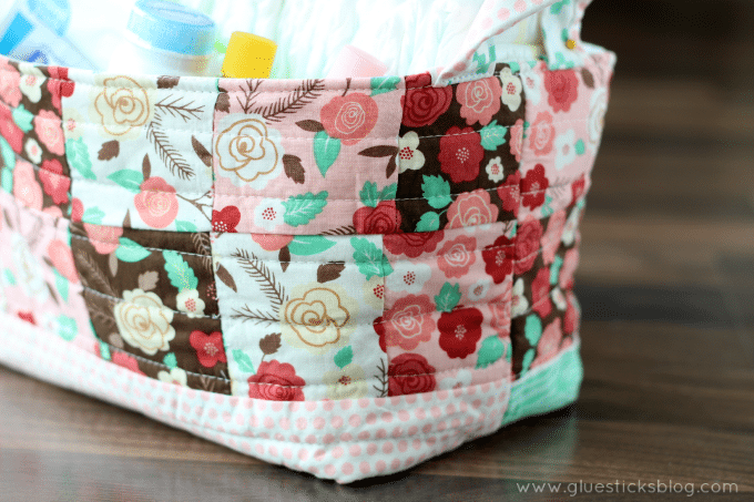This DIY fabric basket is a great scrap fabric project, perfect for beginners! Sew a fabric storage basket in under an hour, 2 sizes to choose from!