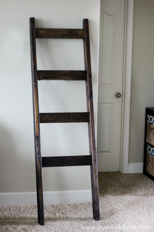 No mantel? No problem! This beautiful stocking ladder is perfect for hanging stockings with rustic charm. When Christmas is over you can use it for quilts!