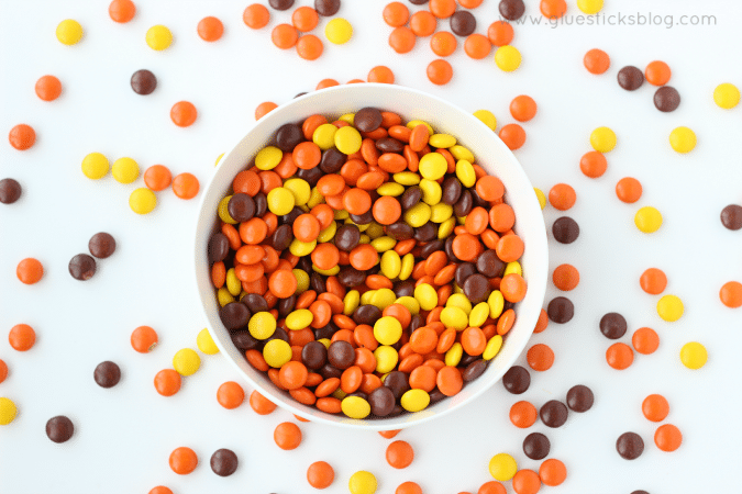 bowl of reeses pieces candies