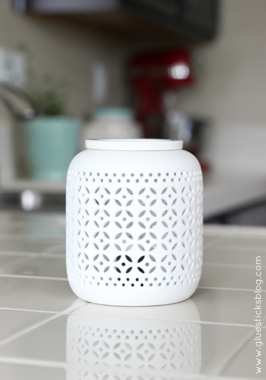 wax warmer in kitchen