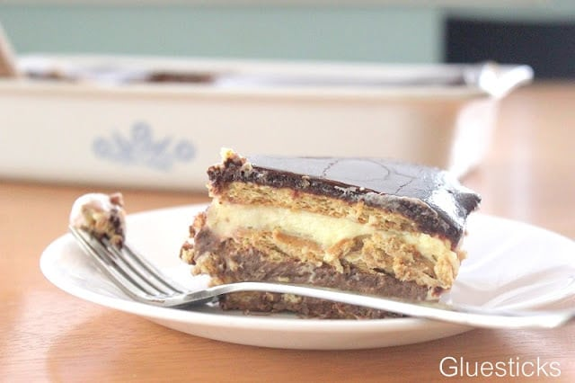 No Bake Chocolate Eclair Dessert
