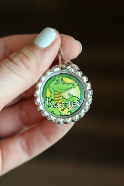 Bottle Cap Zipper Pull