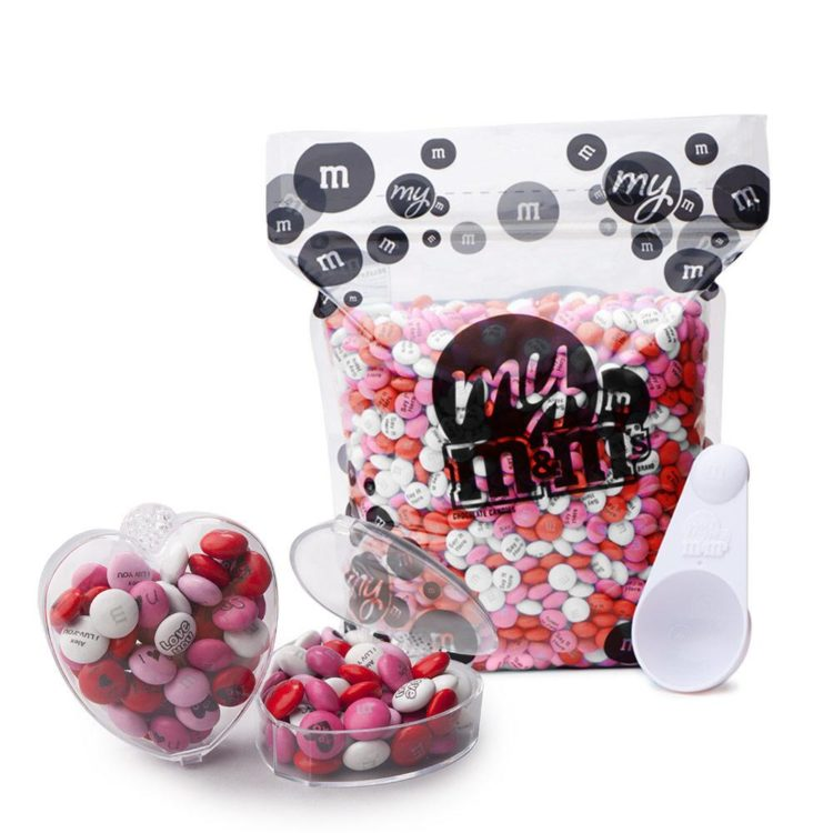 mini candy boxes with M&Ms gift idea