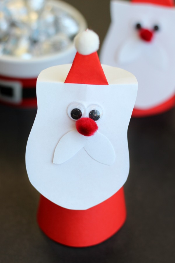 A darling Santa craft made from origami paper! Stands on its own and comes together in just a few minutes. The perfect holiday kids craft!