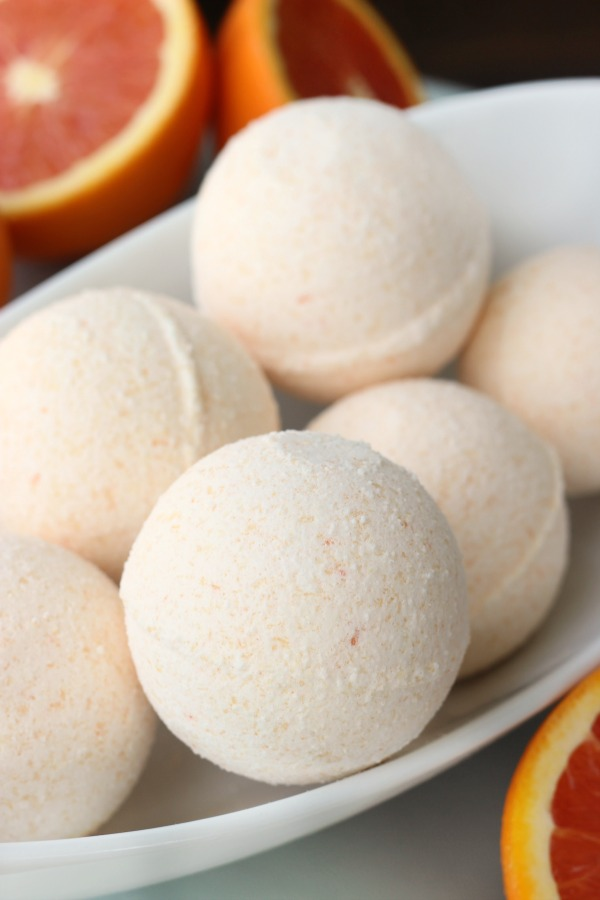 This homemade sweet orange bath bomb recipe is made with simple ingredients. Bath bombs are the perfect luxurious gift to make for Mother's Day!