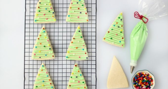 Quick and Easy Triangle Christmas Tree Cookies