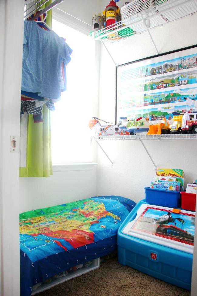 clothes handing in toddler closet bedroom