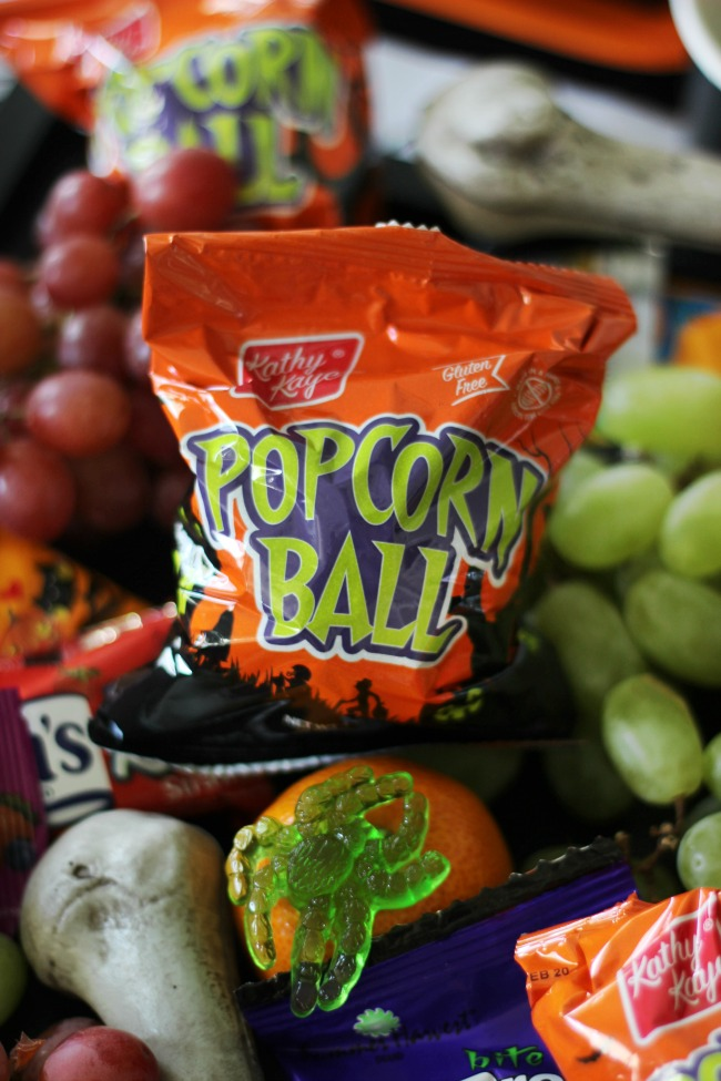 popcorn balls for halloween party for kids