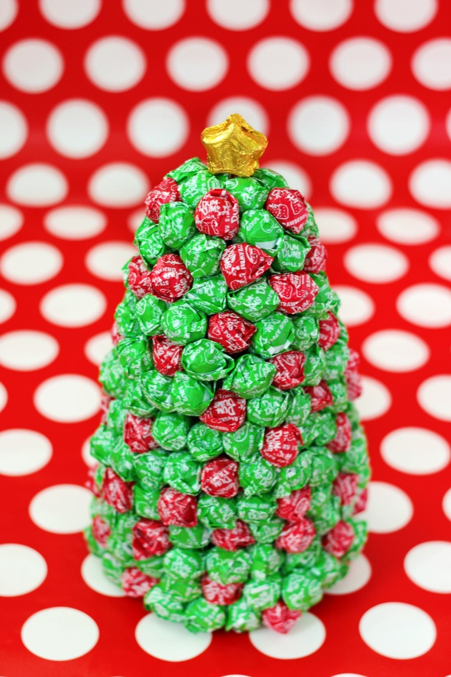 finished dum dum christmas tree