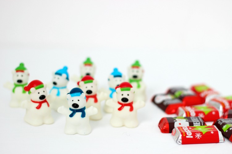 plastic polar bear finger puppets and hershey mini candy bars