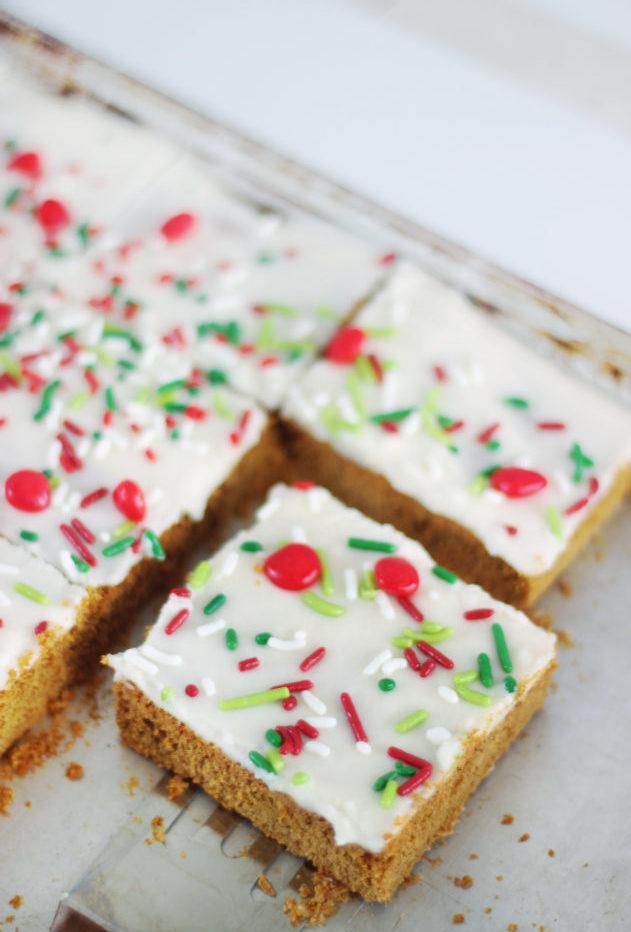 sliced gingerbread cookie bars