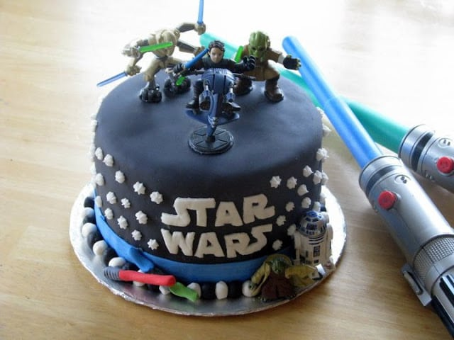 Star Wars cake with edible light sabers