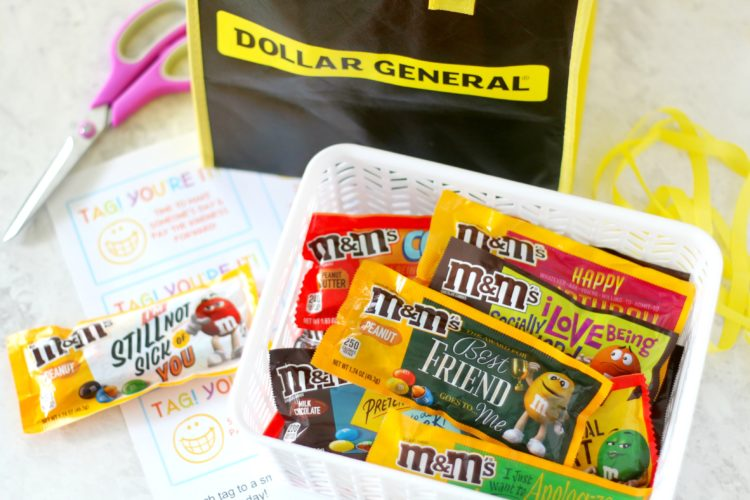 free M&Ms printable tag! you're it!