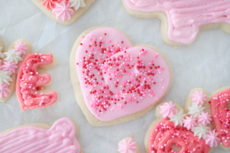 heart sugar cookie with pink frosting
