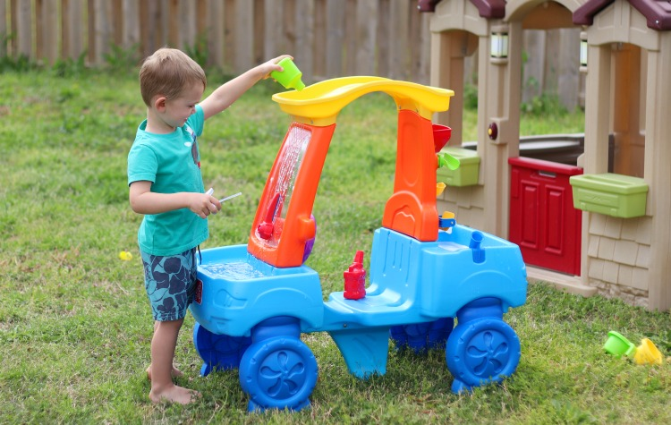 step2 water table car