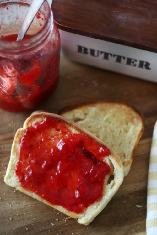english muffin toast with jam