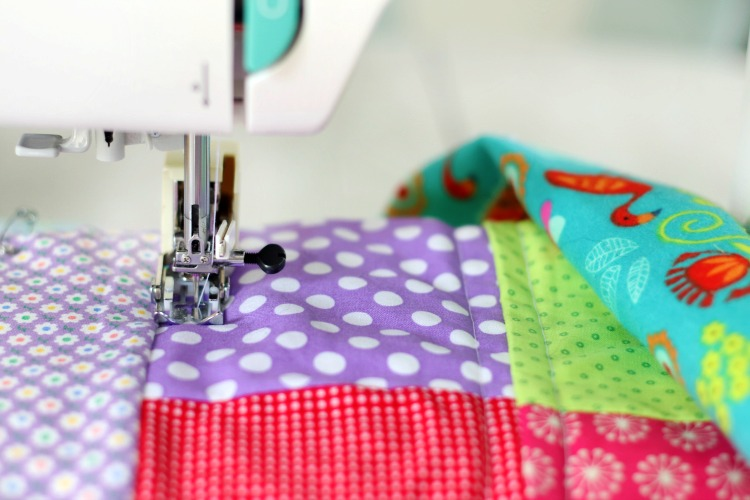 sewing machine quilting kids quilt