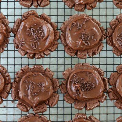 chocolate sugar cookies on cooling rack
