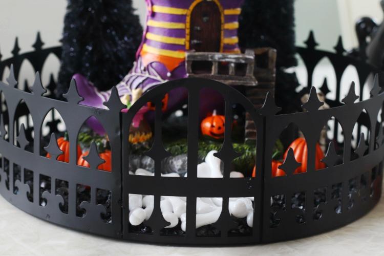 "9"" mini black ornate tabletop tray"