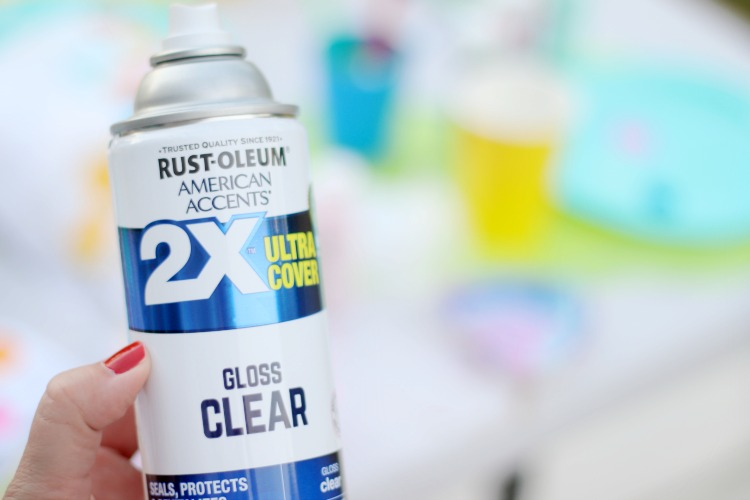 can of clear spray paint