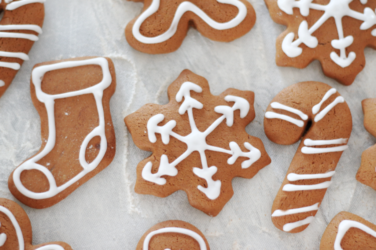 iced snowflake gingerbread cookie