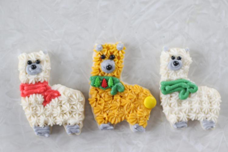 3 llama sugar cookies