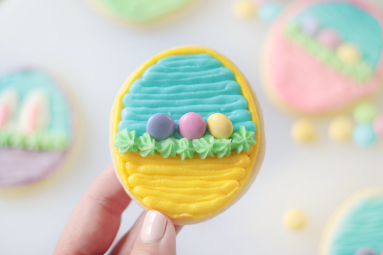 yellow easter basket sugar cookie