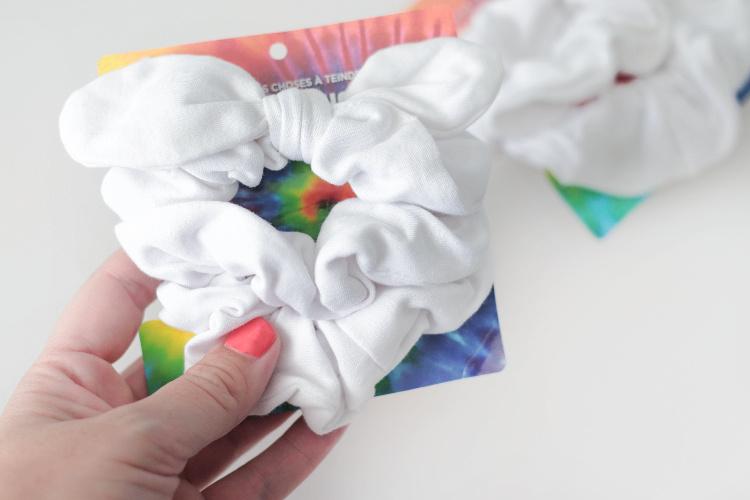 white knit scrunchies