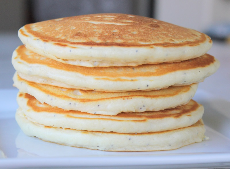 Almond Poppy Seed Pancakes With Vanilla Glaze | Gluesticks