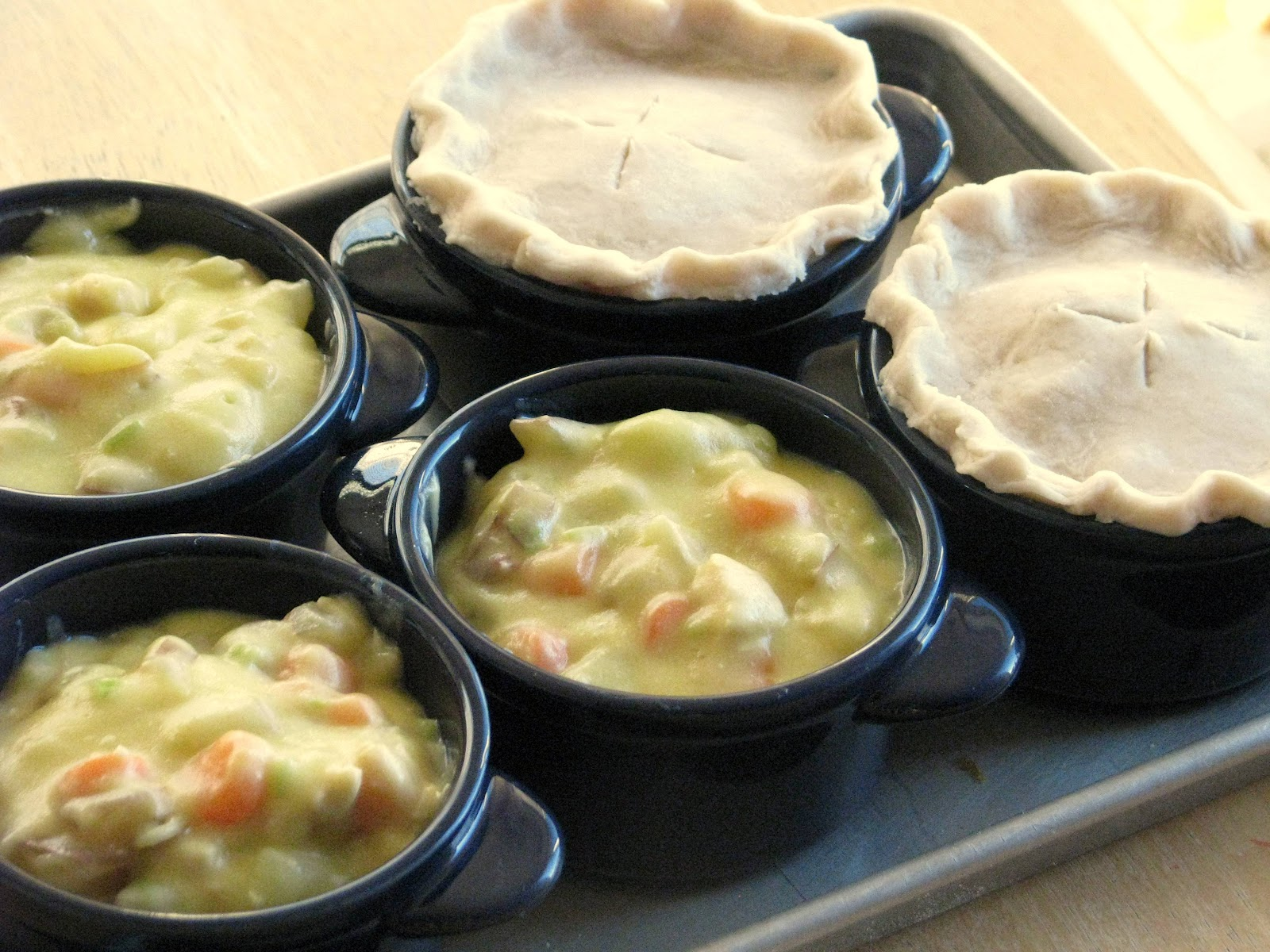 Individual Chicken Pot Pies | Gluesticks
