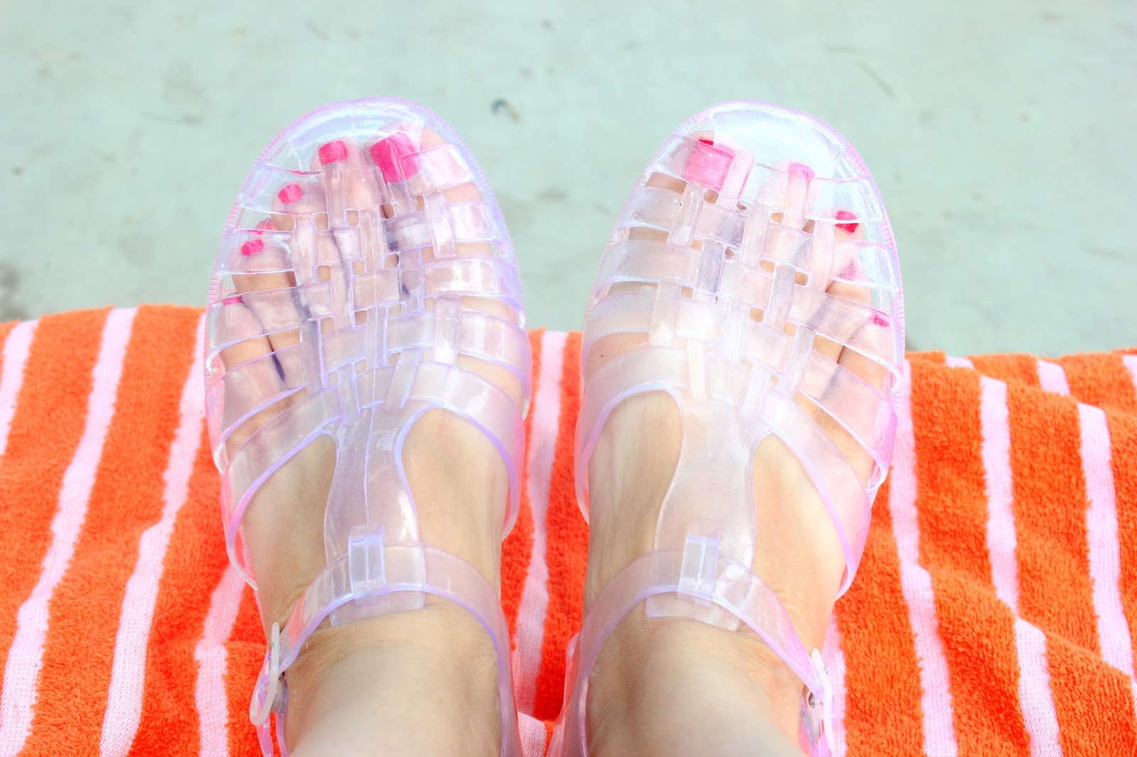 Displaying 19> Images For - Clear Jelly Shoes